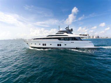 best yacht sales deals Lampin' - SANLORENZO