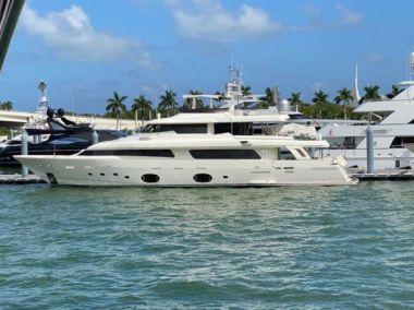 """Buy a yacht Seven - FERRETTI YACHTS 107' 0"""""""
