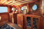 Купить яхту Halcyon Seas - CLASSIC YACHT в Atlantic Yacht and Ship