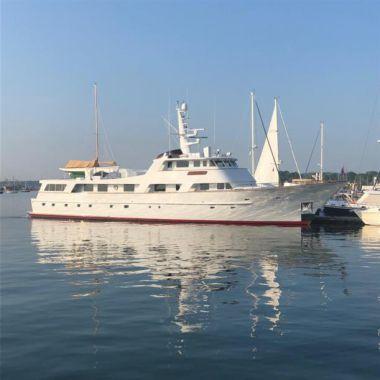 Buckpasser - Hitachi Zosen Motor Yacht