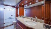 Лучшие предложения покупки яхты ENDURANCE 658 - Hampton Yachts