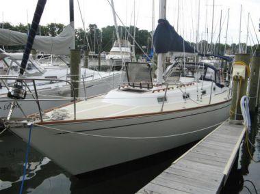 Продажа яхты Hobson's Choice