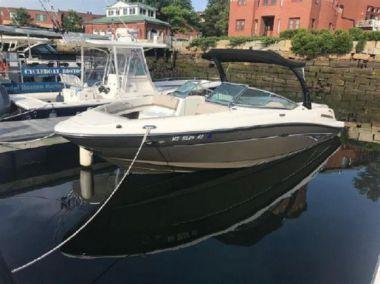 Купить яхту 2012 Sea Ray 250 SLX - SEA RAY 250 SLX в Atlantic Yacht and Ship