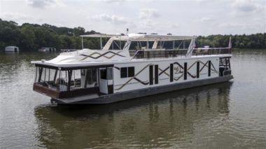 Стоимость яхты SWEET DREAMS - LAKEVIEW YACHTS 2007