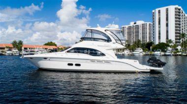 """Buy a yacht CUCUSIÑA - SEA RAY 52' 0"""""""