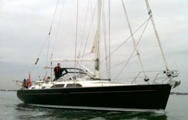 Купить яхту Rum Dragon - Princess Yachts International Moody 47 в Atlantic Yacht and Ship