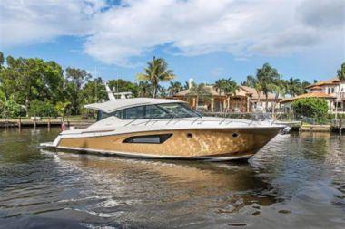 Buy a yacht 2015 Tiara  - TIARA