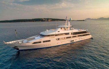 """Стоимость яхты LE PHARAON - FEADSHIP 196' 11"""""""